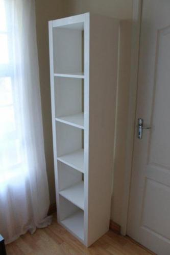 Shelving / Books shelves / Shopfront shelves