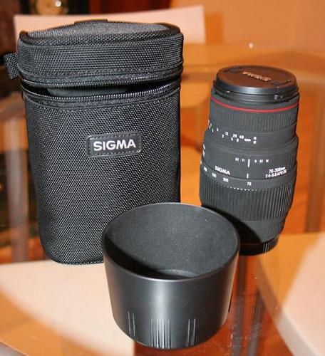 Sigma 70-300mm APO DG Lens (Nikon mount)