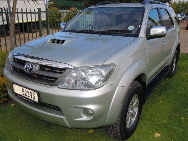 Silver 2008 Toyota Fortuner D 4D Manual
