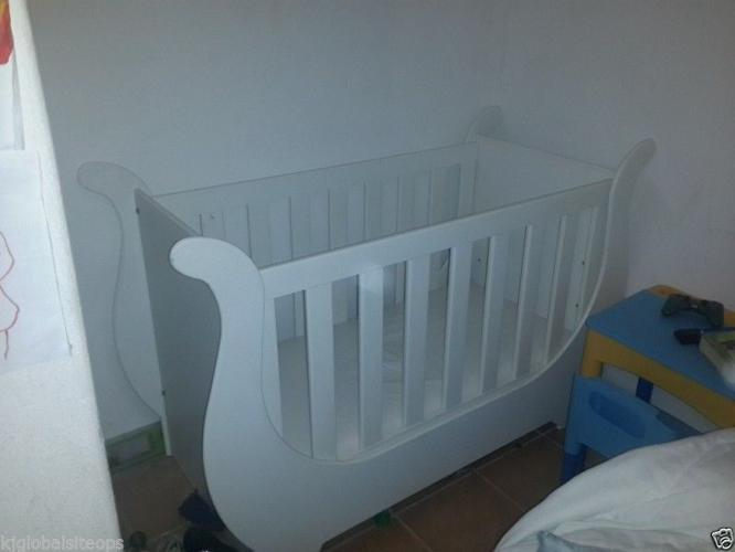 Sleigh Cot with thick mattrass - Cot height adjustable