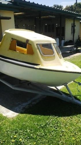 Small cabin boat for sale  for Sale in George, Western Cape