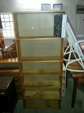 Solid Pine Bookshelf 18m