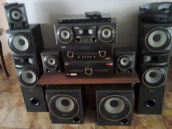 Sony 7 2 Hifi system dvd/cd player 8 speakers for Sale in Limpopo
