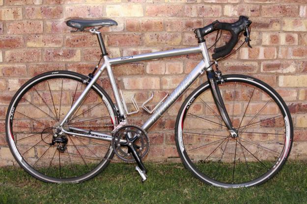 Specialized Allez Elite 105 road bike