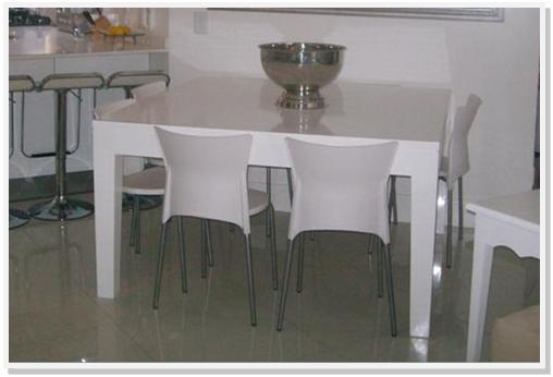 Square dining table for sale in johannesburg gauteng for Dining room tables jhb