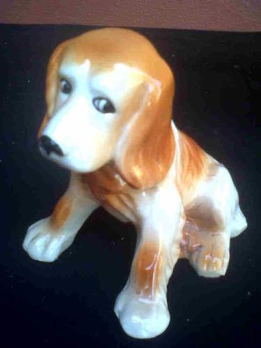 Stamped ceramic holland dog.