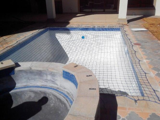 Swimming Pool Nets & Covers