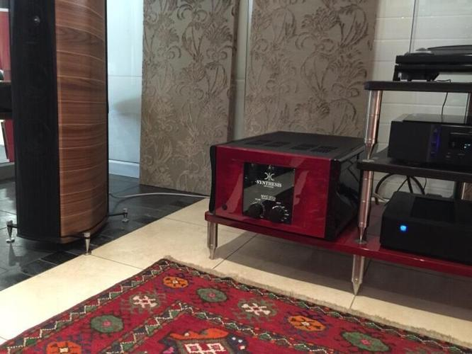 SYNTHESIS Metropolis NYC 200i integrated valve amplifier  for Sale