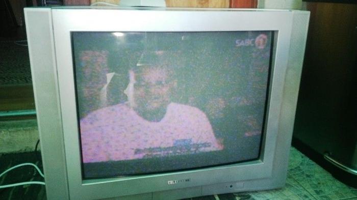Telefunken 74cm tv for Sale in Kuils River, Western Cape