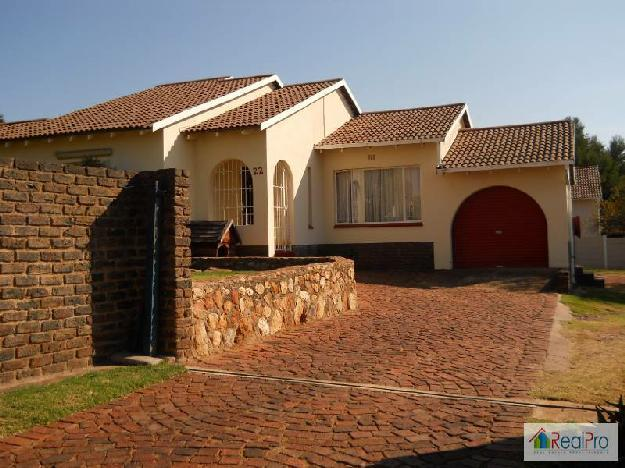 This very attractive house is on a large house for for Very big houses for sale