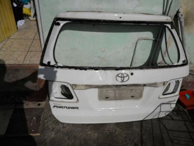 Toyota Fortuner Tailgate 4 sale