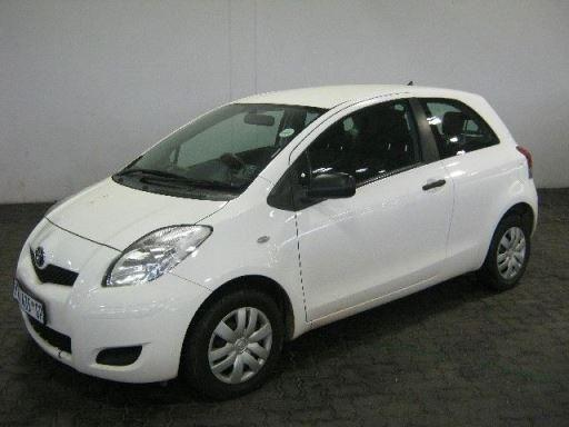 Toyota Yaris HB T1 3-Dr a/c (R 99995.00)