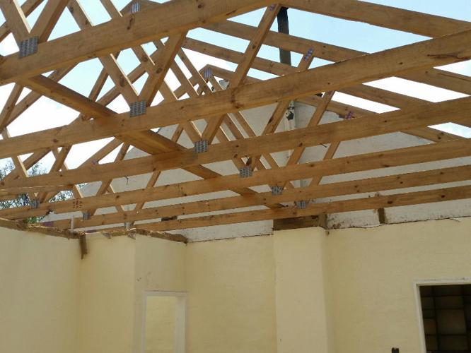 Used pine trusses timber 114x38 brandering for sale in for Roof trusses for sale