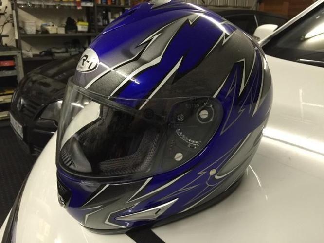 VH-1 Helmet Used Once