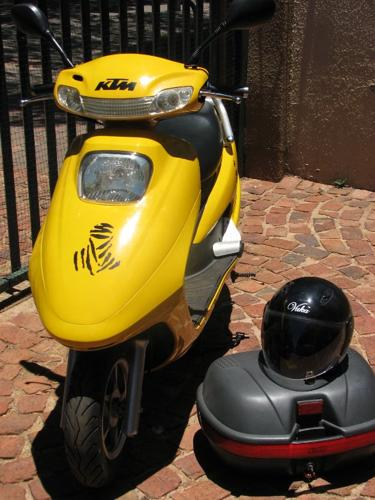 Vuka XS125 Scooter