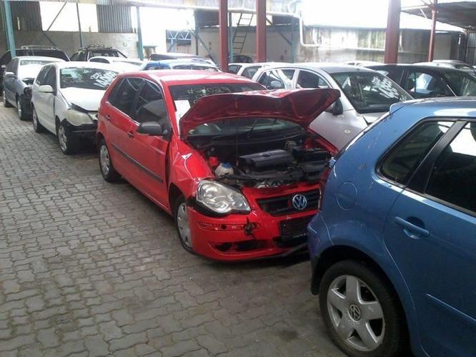 We buy all types of cars, smashed & non runners. quick