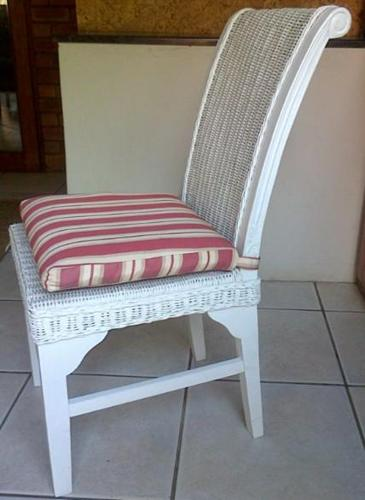 Wetherleys Chairs Wicker White for Sale in Alberton