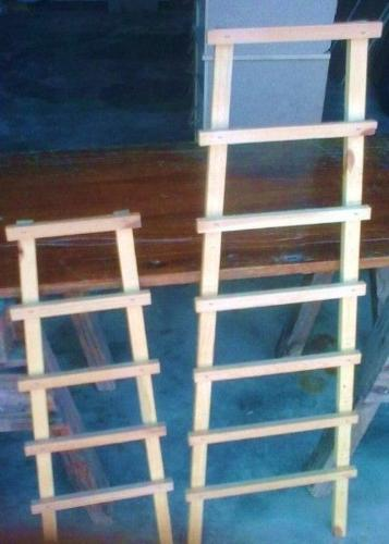 WOODEN LATTICE AND RANKING LADDERS