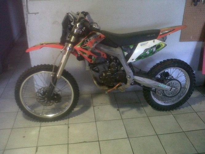 Xmotos 250cc 4 stroke offroad bike