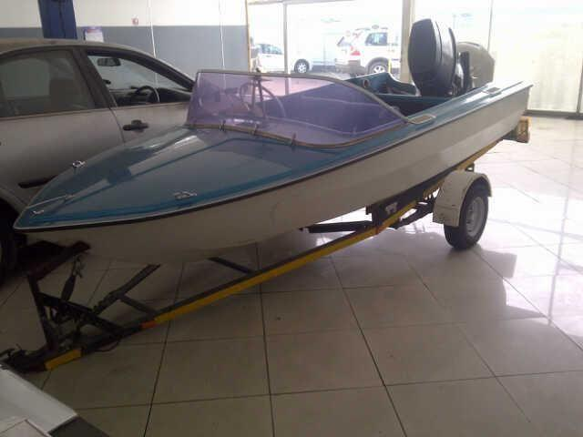 yamaha 50hp 4 seater boat + spare motor