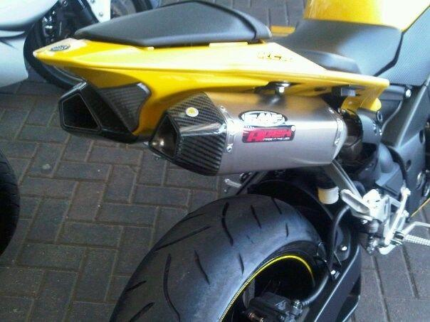 Yamaha R1 for sale – Mint condition and accident free