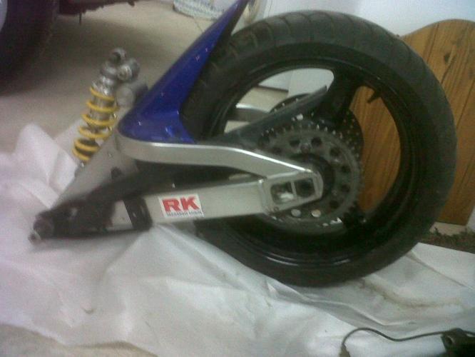 Yamaha R1 swingarm with rim and tire