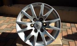 17 inch Pajero mag rims for sale good as new set of 4 6