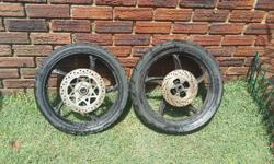 i have 2x 17 inch mags for sale urgent!!! The back tyre