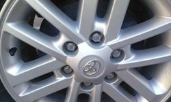 "4 TOYOTA HILUX RIMS. ""17"" RIMS ONLY. ITS IN A VERY VERY"