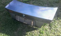 1993 BMW E36 325I BOOTLID IN VERY GOOD CONDITION WITH