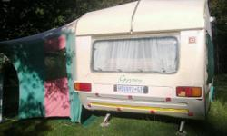 im urgently selling my 1993 Gypsey 3 caravan. lisenced
