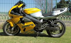 Super sports class motorcycle for sale. Brilliant