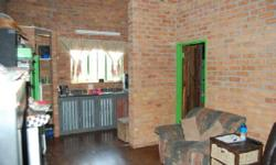 1 bedroom flat in a quiet complex close to the CBD. - 1