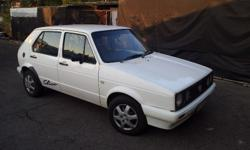 Selling a 2001 VW Chico with aircon. Very good