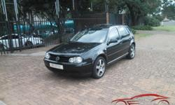 Black Racarro Leather Seats, Glass Sunroof, Aircon,