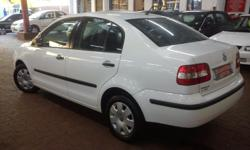 2005 VW POLO 1.4i TRENDLINE SEDAN FULL SERVICE HISTORY