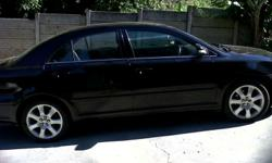 Black avensis, great looking body, in good working