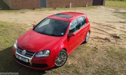 2007 Tornado Red Golf R32 with only 55000km on clock!