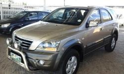 Air Con, Power Steering, Electric windows, Radio Cd,