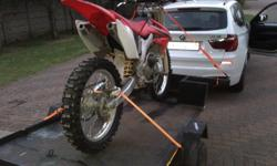 IM SELLING HONDA CRF 250 R 2008, EXCELLENT CONT, SOUNDS