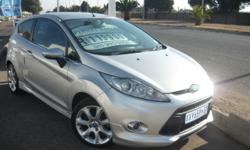 2009 Ford Fiesta 1.6 Titanium 3dr. silver with 129