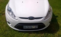 2009 Ford Fiesta Hatchback TITANIUM.,Electric
