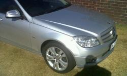 IMMACULATE 2009 MERCEDES BENZ C220 CDI SILVER WITH GREY