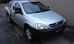 2009 OPEL CORSA IN GOOD CONDITION THIS HALF TON BAKKIE