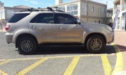 2009 fortuner 3.0 d4d 100 000km Full srvice history at