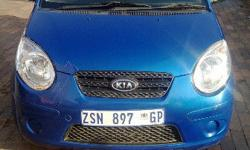 KIA PI CANTO 2010 BLUE IN COLOR AND ALMOST LIKE MINT