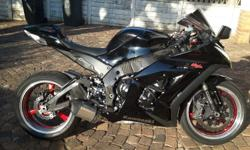 ZX10r for sale, 1 owner, never dropped, full service