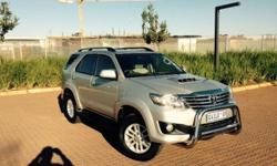 2012 Toyota Fortuner, 3.0D-4D 4x4. Silver in colour.
