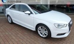 Features,Panoramic sunroof, xenon headlights with LED,