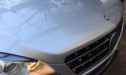 Fold away towbar, grey leather seats, command online,
